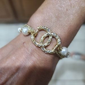 Chanel gold and pearl bracelet